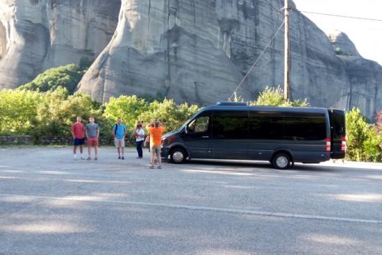 delphi & meteora three days organized tour by luxury modern vehicles, taxi, van, minivan, bus, minibus, coach, minicoach, organized tours by mbsathenstransfers.com