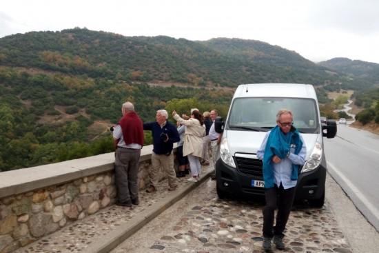 delphi & meteora two days organized tour by luxury modern vehicles, taxi, van, minivan, bus, minibus, coach, minicoach, organized tours by mbsathenstransfers.com